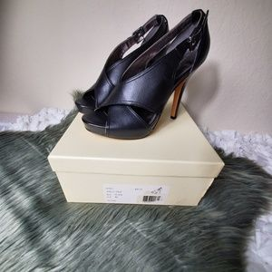Coach smooth leather high heel size 6.5